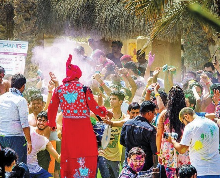 Gulf Weekly The popular Holi Festival