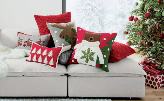 Gulf Weekly Cushions and candles