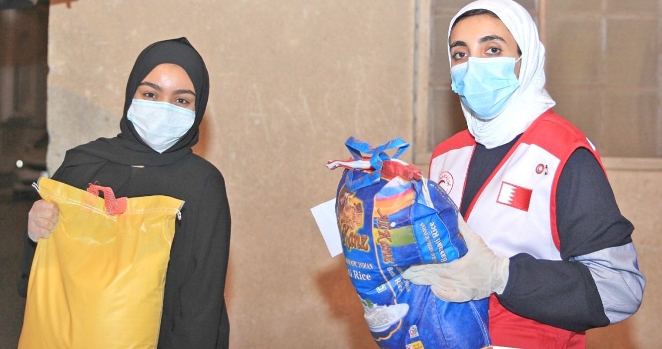 Gulf Weekly Families receive aid