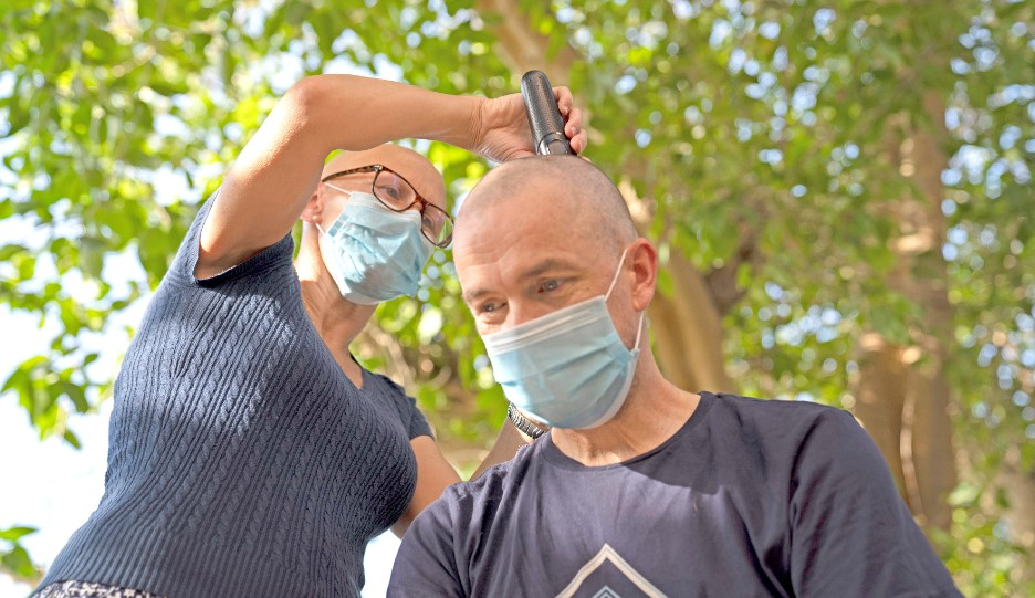Gulf Weekly Bald for a cause